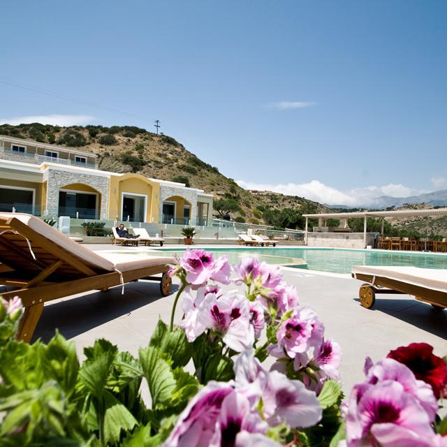 Meer info over Appartementen Studios Almyra Village  bij Sunweb zomer