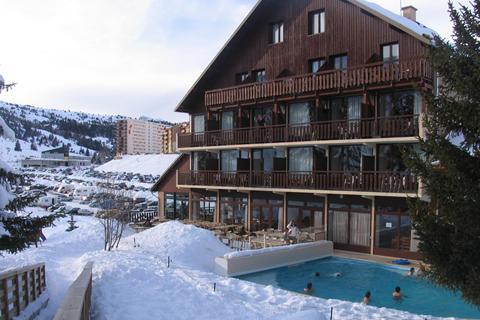 TOP DEAL wintersport Le Massif du Dévoluy ⛷️Hotel Club Chalets Margot