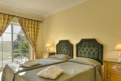 Goedkope zonvakantie Algarve - Appartementen & Villa Presa da Moura