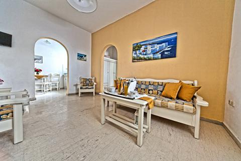 Last minute zonvakantie Santorini 🏝️Appartementen Sellada