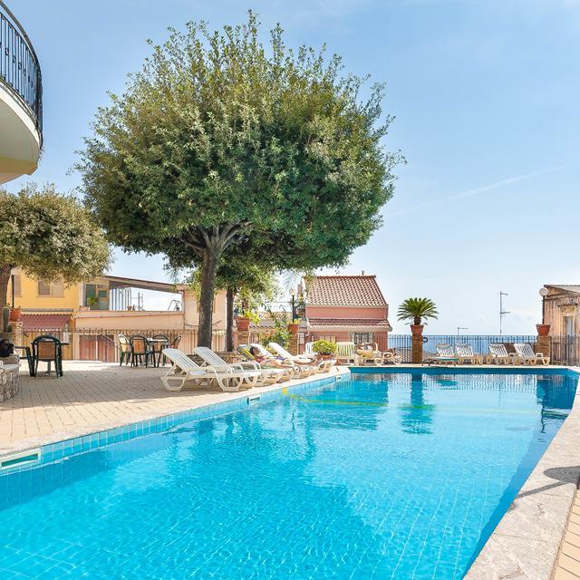 Hotel Corallo reviews