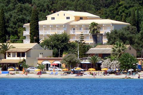 Goedkope zonvakantie Corfu - Hotel Ipsos Beach - logies ontbijt