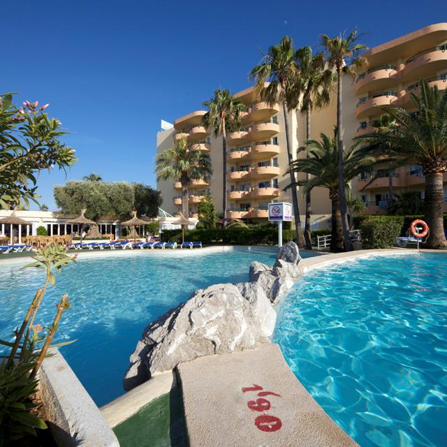 Aparthotel Alcudia Beach - logies en ontbijt reviews