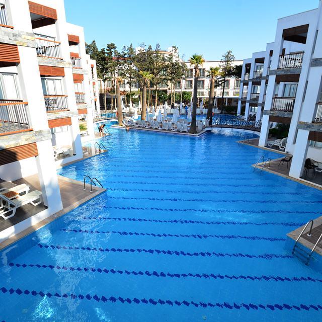 Meer info over Hotel Mio Bianco Resort  bij Sunweb zomer