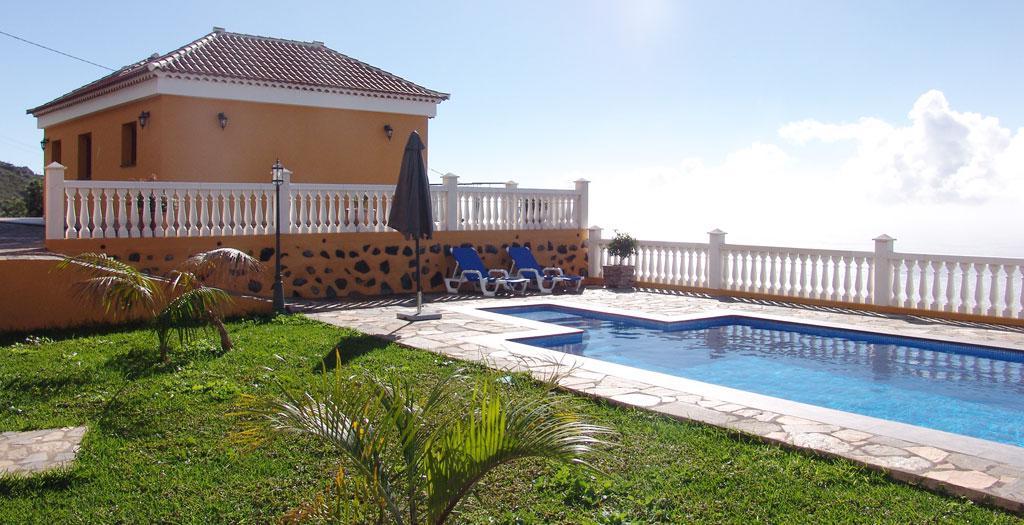 Bijzondere accommodaties Villa la Planta in Tijarafe (La Palma, Spanje)