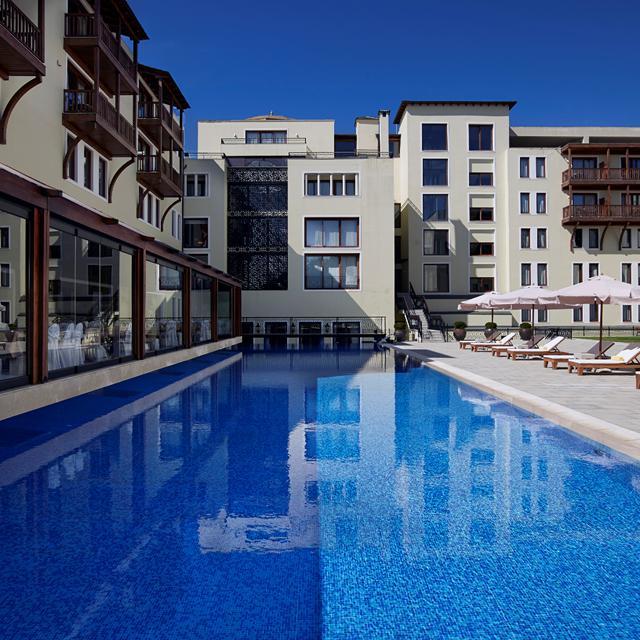 Hotel Grand Serai - inclusief huurauto