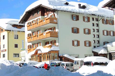 Goedkope skivakantie Adamello Ski ⛷️Hotel Eden
