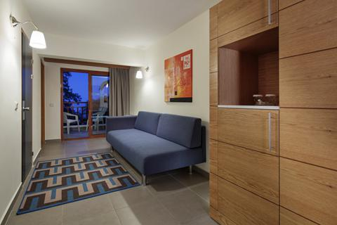 Goedkope zonvakantie Noord-Egeïsche Kust - Hotel Pine Bay Holiday Resort - ultra all inclusive