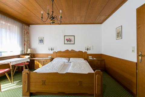 Goedkope skivakantie Zillertal ⛷️Pension Gästenhaus Lärchenheim