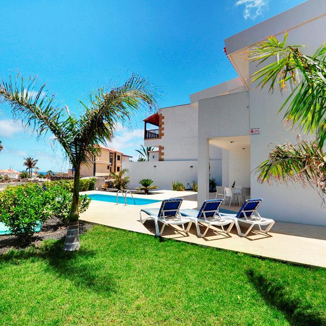 Sun Bay Villas inclusief huurauto
