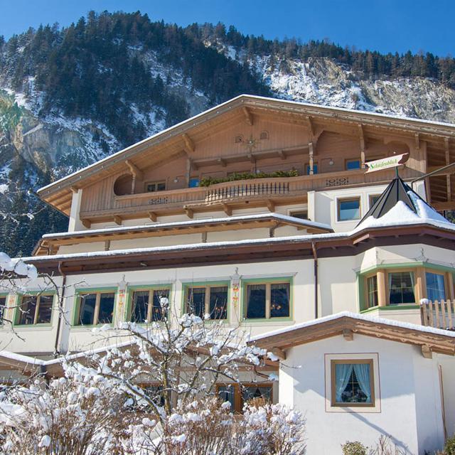 Meer info over Hotel Schrofenblick  bij Bizztravel wintersport