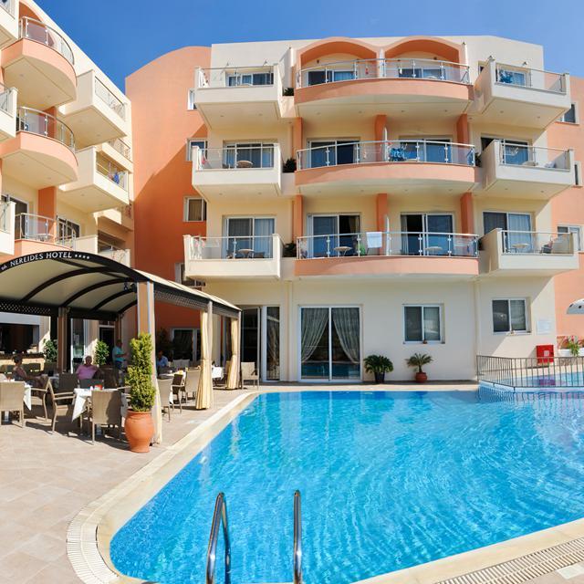 Meer info over Hotel Nereides  bij Sunweb zomer