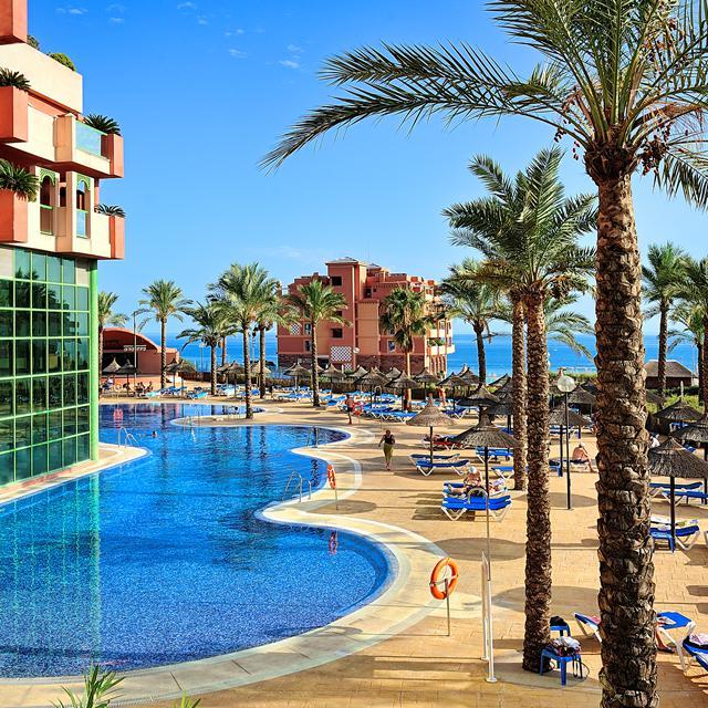 Holiday World Riwo Hotel
