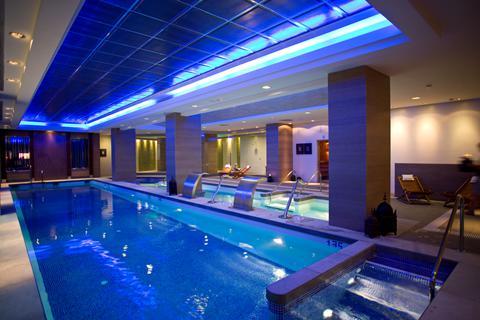 Last minute vakantie Andalusië - Costa del Sol 🏝️Holiday World Polynesia Hotel