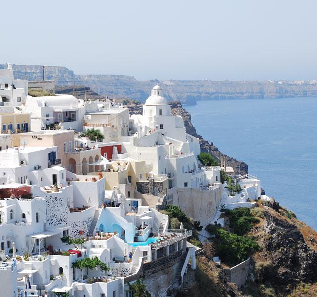 22 dgn Santorini-Mykonos-Naxos-Paros (2* hotels)