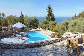 Agios Nikitas Villas