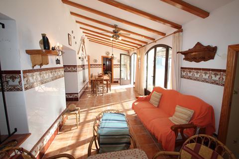 Goedkope zonvakantie Costa Blanca - Villa's Calpe met privézwembad