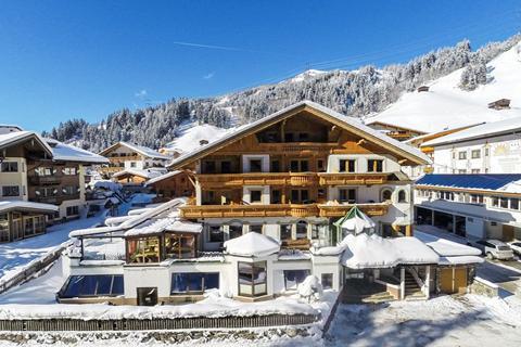 Fantastische wintersport Zillertal ⛷️Hotel Kristall - logies & ontbijt