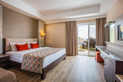 Last minute zonvakantie Noord-Egeïsche Kust - Hotel Aria Claros Beach & Spa Resort