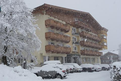 TIP wintersport Zillertal ⛷️Hotel Almhof Lackner