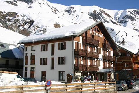 TIP skivakantie Les Sybelles ⛷️Hotel L'Etendard de Saint Sorlin