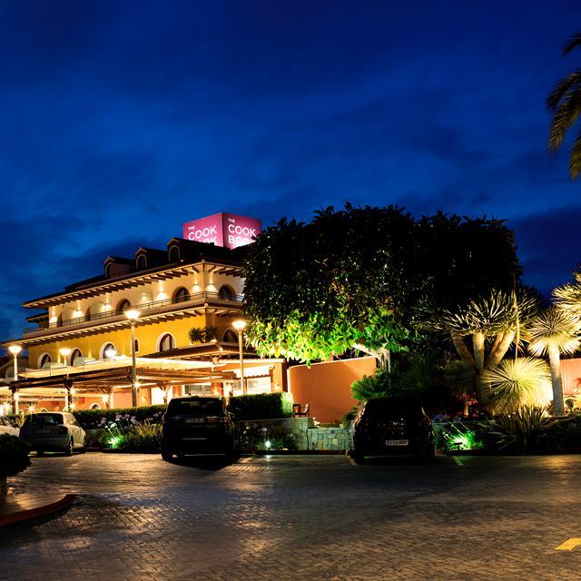 Hotel The Cookbook Gastro Boutique & Spa - inclusief huurauto beoordelingen