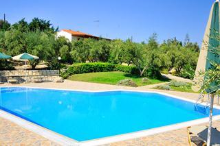 Villa's Lefkothea