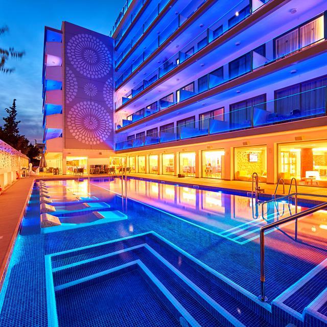Meer info over Hotel Indico Rock  bij Sunweb zomer