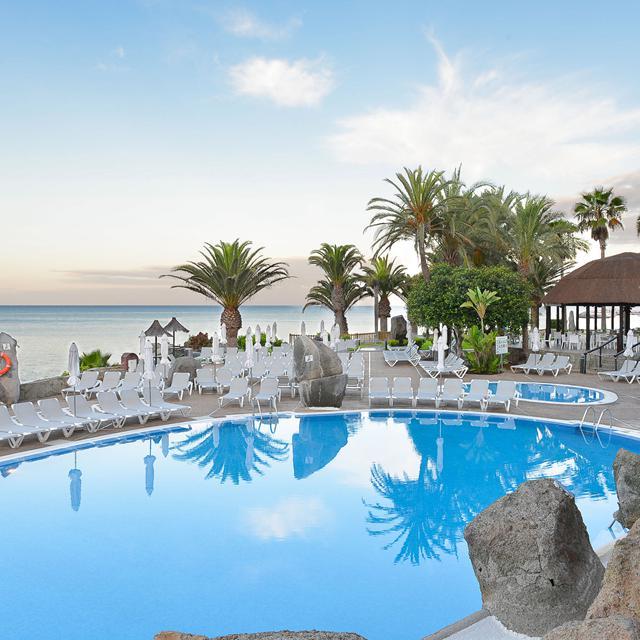 Meer info over Hotel Taurito Princess  bij Sunweb zomer