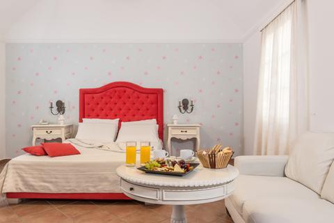 Goedkope zonvakantie Santorini - Hotel Mediterranean White