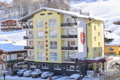 Goedkope wintersport Skicircus Saalbach-Hinterglemm-Leogang-Fieberbrunn ⛷️Hotel Almrausch
