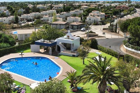 Last minute zonvakantie Algarve 🏝️Aparthotel Carvoeiro Garden