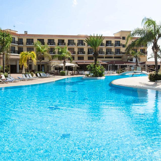 Tsokkos Anmaria Beach Hotel
