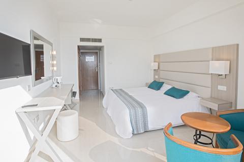 Last minute zonvakantie Cyprus. 🏝️Tsokkos Anmaria Beach Hotel