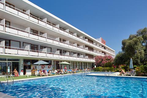 Goedkope zonvakantie Ibiza 🏝️Hotel Arenal