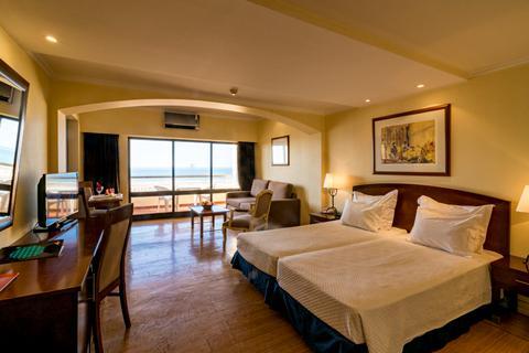 Goedkope zonvakantie Algarve - Hotel Yellow Monte Gordo Beach - Logies ontbijt