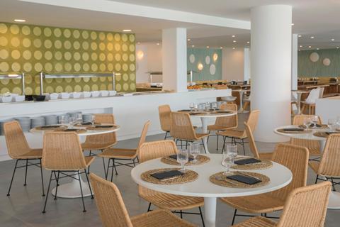Goedkope zonvakantie Mallorca - Aparthotel HM Martinique - logies en ontbijt