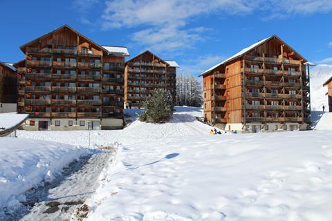 Goedkoop op wintersport Le Massif du Dévoluy ⛷️Chalets de SuperD