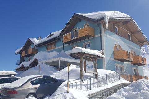 Goedkope skivakantie Adamello Ski ⛷️Hotel Cielo Blu