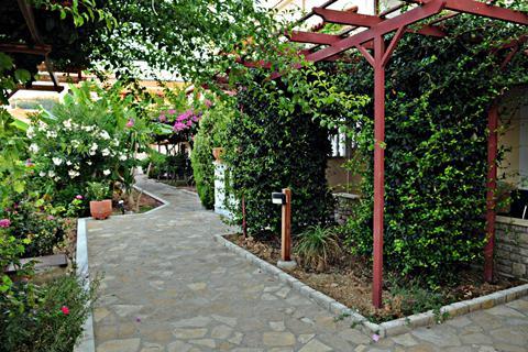 Goedkoopste zomervakantie Samos - Hotel Athena