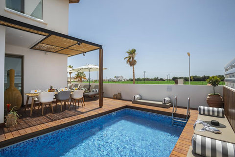 TIP zonvakantie Cyprus. 🏝️Louis Chris Le Mare Villa