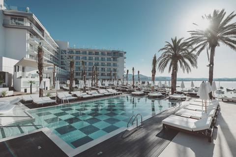 Goedkope zonvakantie Ibiza - Amare Beach Hotel Ibiza