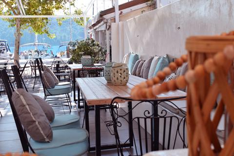 Goedkope zonvakantie Skiathos - Meltemi Port of Skiathos