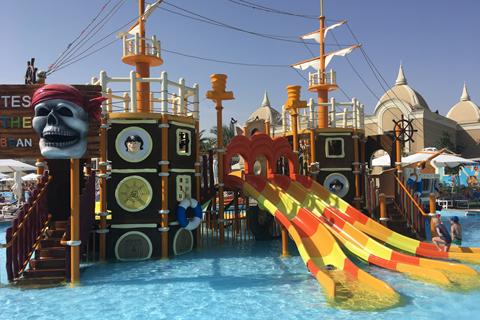 All inclusive zonvakantie Rode Zee - Hotel Titanic Royal Resort