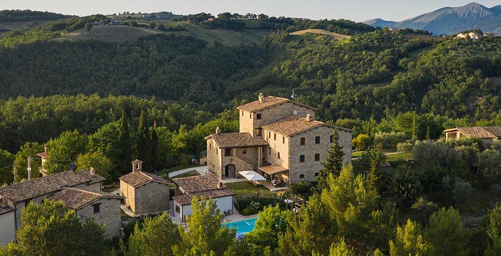 Bijzondere accommodaties Borgo Castello Panicaglia in Nocera Umbra (Umbrië, Italië)