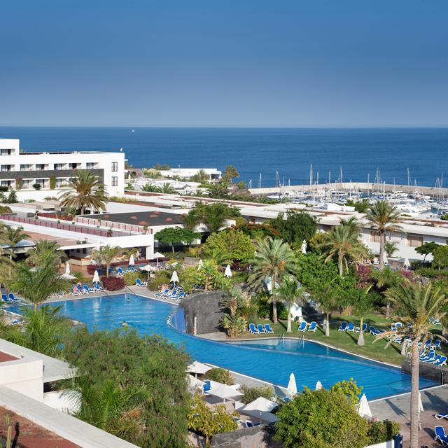 Hotel Costa Calero logies en ontbijt