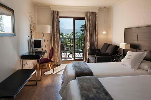 Last minute zonvakantie Andalusië - Costa del Sol 🏝️Hotel B BOU La Vinuela & SPA