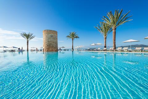 Goedkope zonvakantie Ibiza - Hotel Torre del Mar