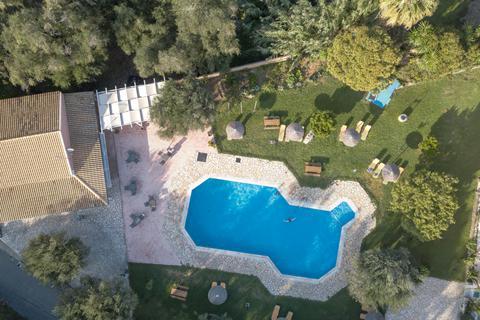 Goedkope zonvakantie Corfu - Appartementen Adriolos