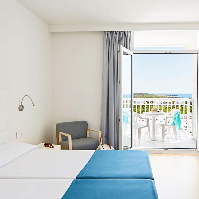 Hotel Globales Cala'n Bosch Menorca 05/10/2022